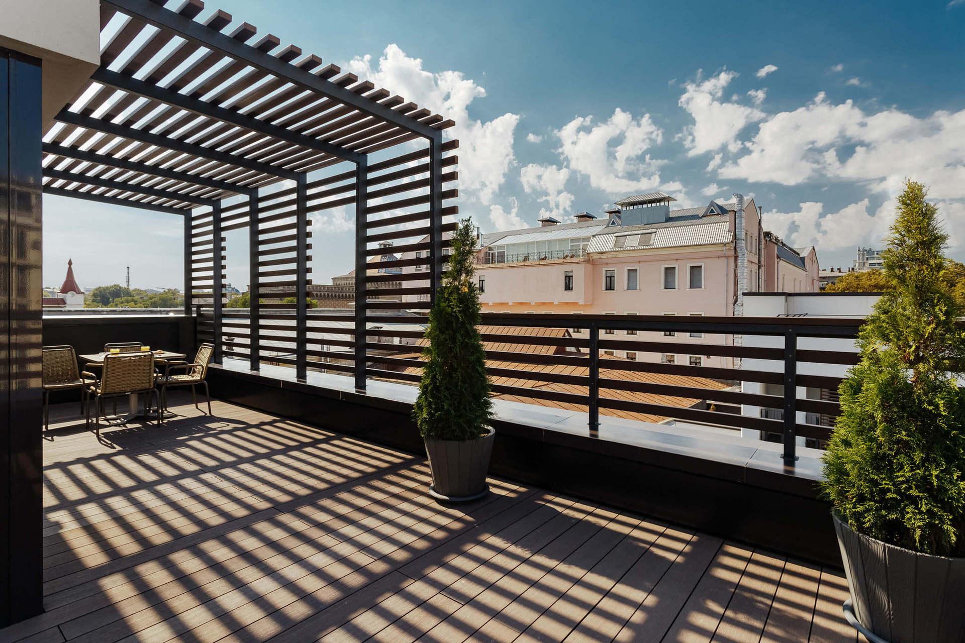 PENTHOUSE APARTMENT  - особливі апартаменти з панорамним  видом на місто, в яких можна проводити приватні вечірки.