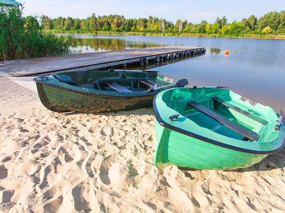 Романтичні прогулянки на човнах