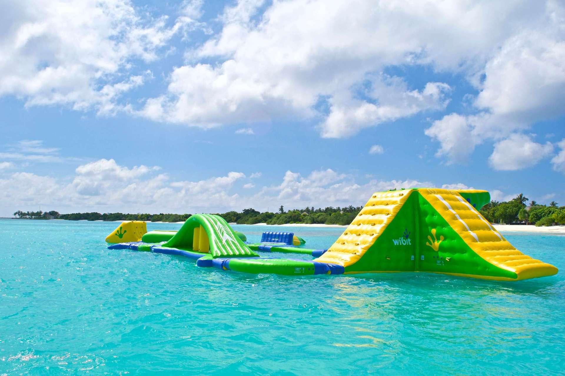 Водний парк для дітей і дорослих