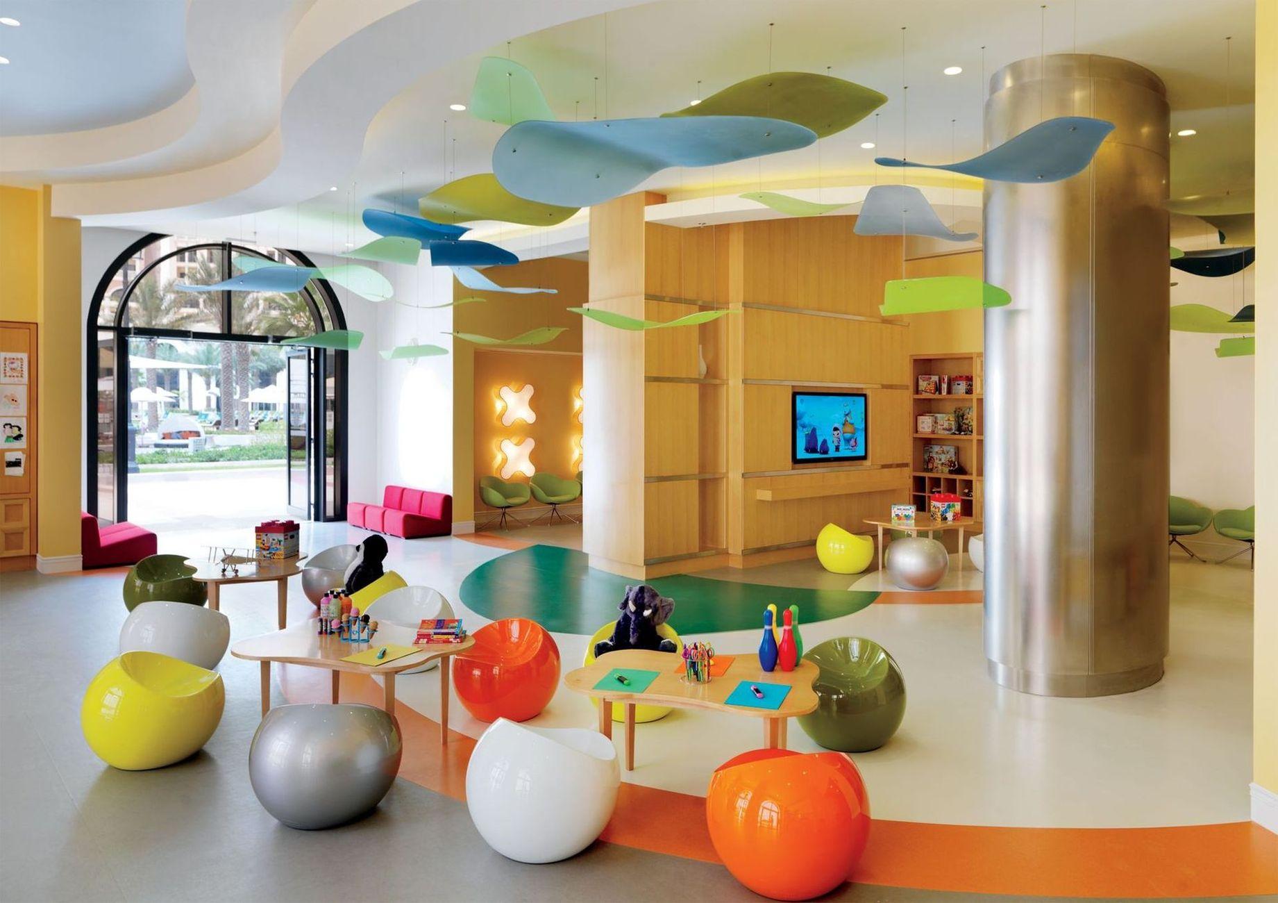 Для дітей - один з кращих дитячих клубів в країні - Ritz Kids