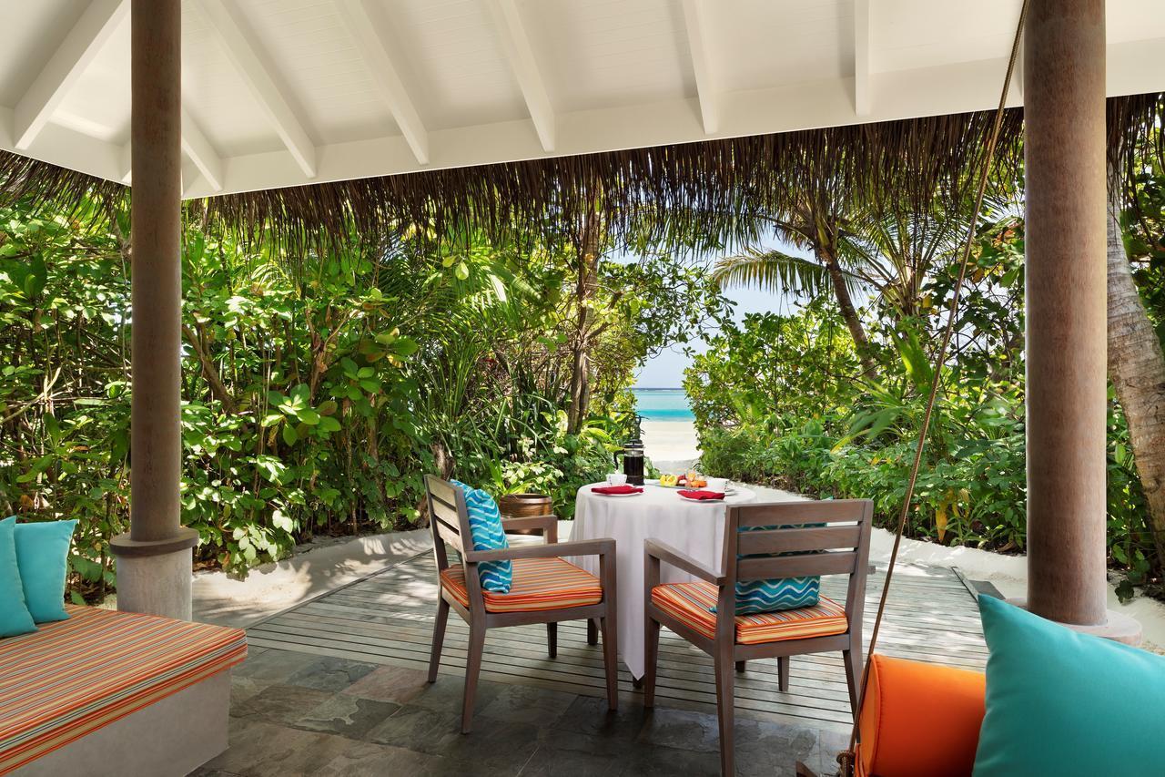 Вілли категорії Sunrise і Sunset Beach Villa мають прямий вихід до пляжу.