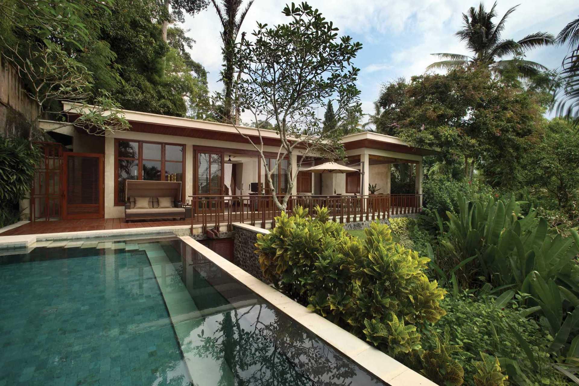 Готель  єдиний на Балі включений до рейтингу кращих готелів і курортів Gold List 2020 видавничого дому Condé Nast