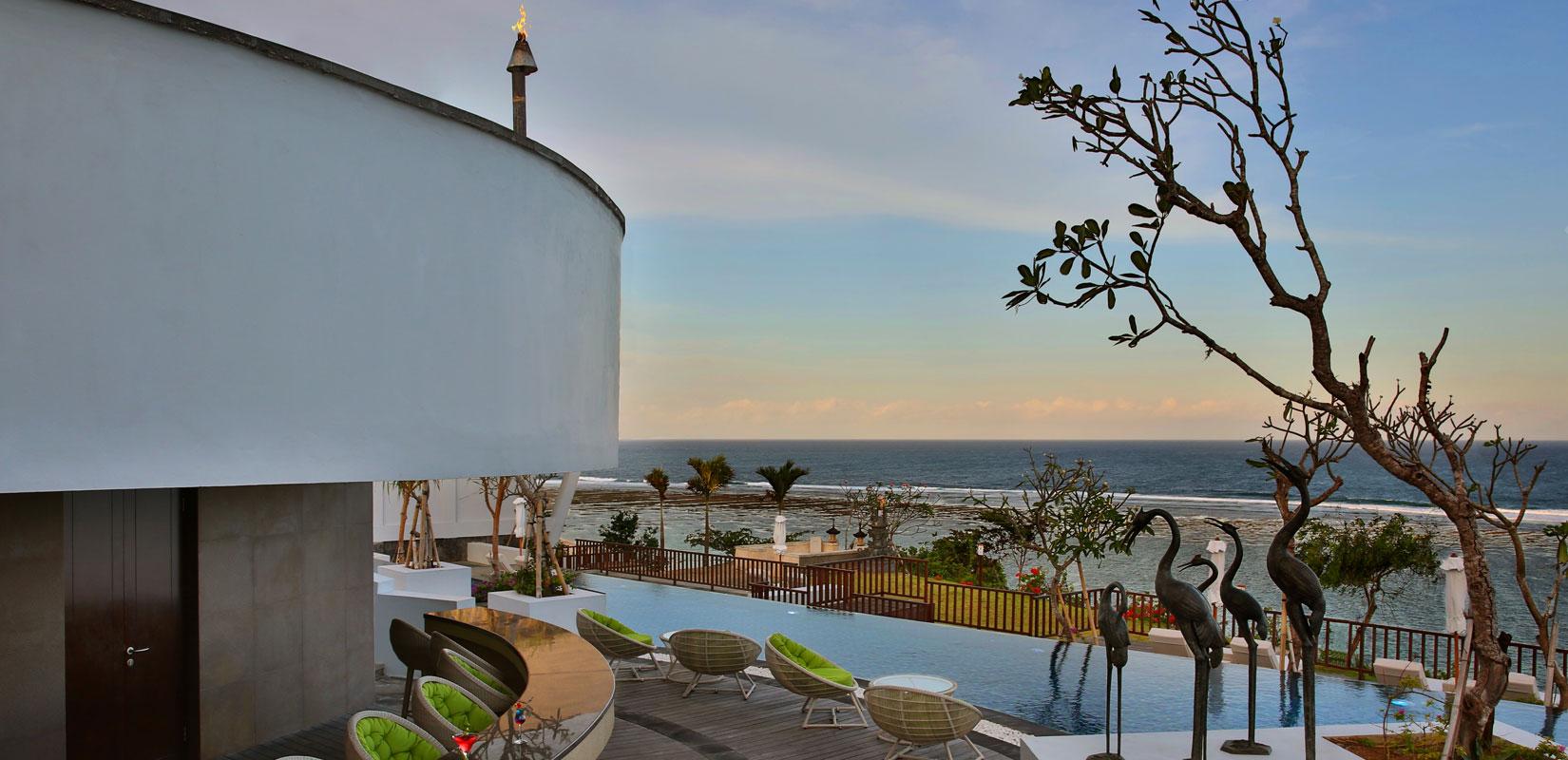 Необычная для о.Бали концепция Luxury All Inclusive: еда, напитки, развлечения, Wi-Fi, круглосуточный консьерж-сервис, эксклюзивные подарки от Samabe