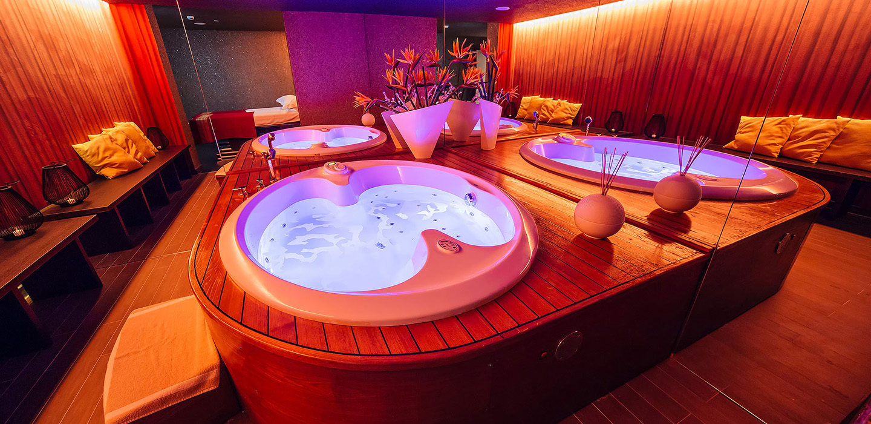 Розкішний Wellness & Spa Centre готелю визнаний кращим спа-центром Чорногорії в 2016 році.
