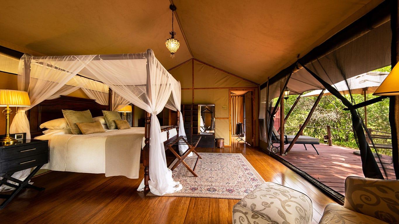 Во время путешествия вы будете проживать в лоджах, каждый из которых гордится своим местоположением среди национальных парков, экологичностью и невероятными удобствами.