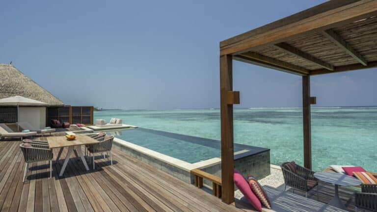 Four Seasons Kuda Huraa Maldives 5*